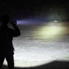 flashlight beam distance